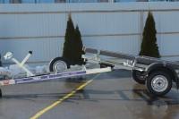 Прицеп в лодочном исполнении с дополнительным оборудованием